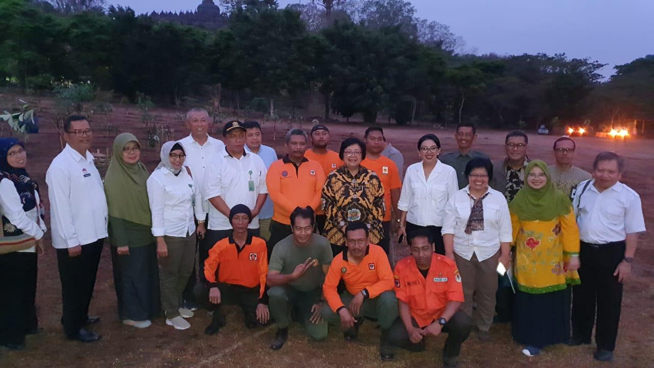 Menteri Lingkungan Hidup dan Kehutanan Tinjau Candi Borobudur