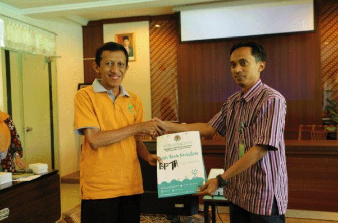 Terkait Sengon, Wakil Bupati Lumajang Ingin Kerja Sama dengan Babes Litbang BPTH Dilanjutkan