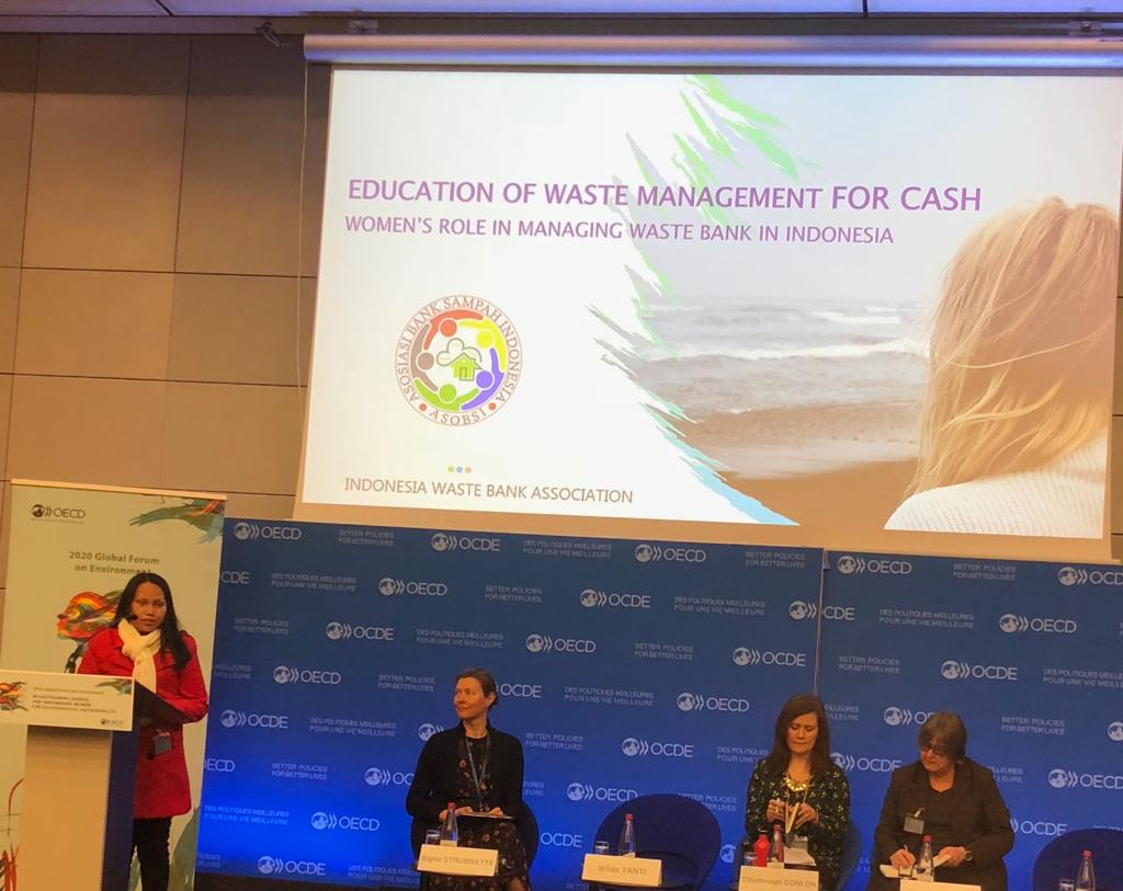 Dukung Partisipasi Publik, KLHK Utus Dua Penggiat Sampah ke Forum Internasional