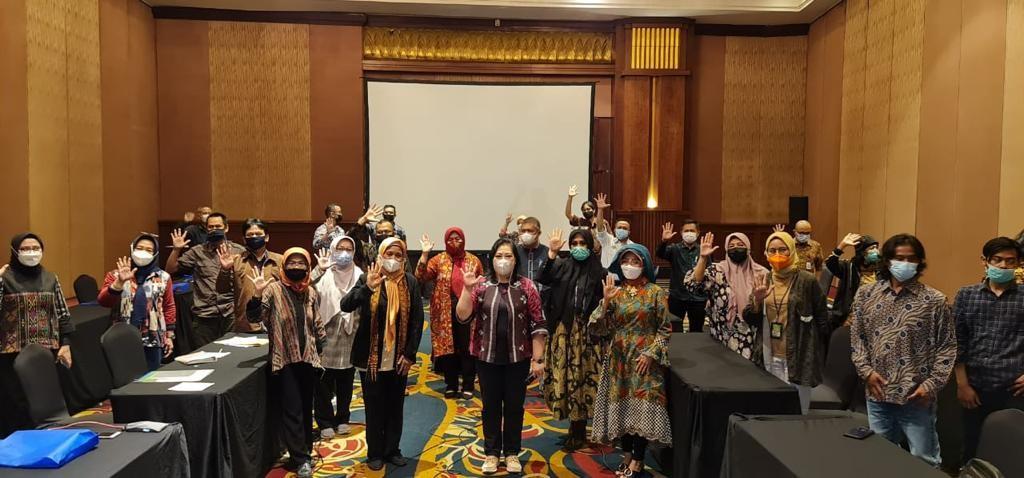 Pemberdayaan Mitra Perhutanan Sosial dengan Lembaga Masyarakat Desa Hutan (LMDH) Bukit Amanah