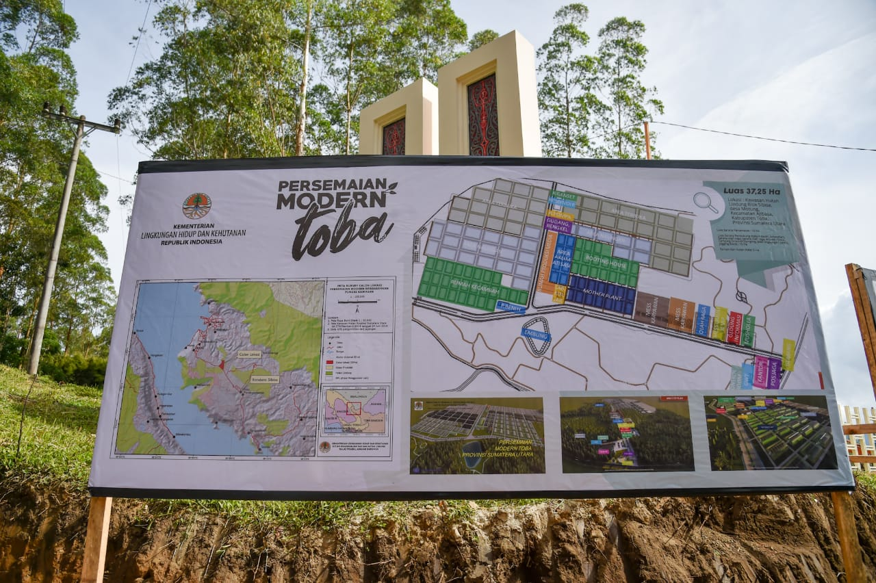 Tinjau Persemaian Modern Toba, Menteri LHK Harap Upaya RHL Tingkatkan Kualitas Lingkungan Danau Toba