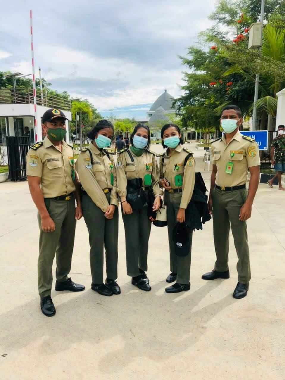 Lima Penerima Beasiswa SMK Kehutanan Asal Timor Leste Lulus dan Kembali Ke Negaranya