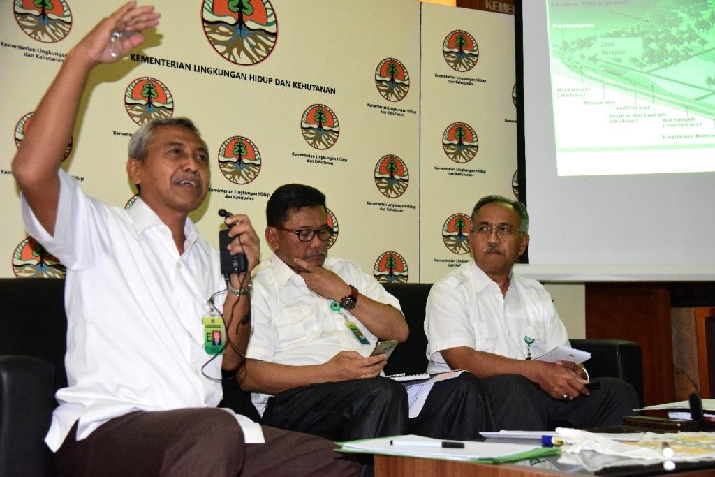 KLHK Evaluasi Banjir Jakarta dan Longsor Puncak Jawa Barat