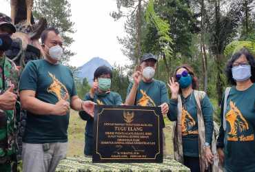 Peresmian Tugu Elang Jawa Oleh Dirjen KSDAE di OWA Jurang