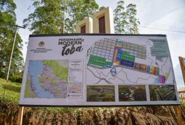 Tinjau Persemaian Modern Toba, Menteri LHK Harap Upaya RHL Tingkatkan